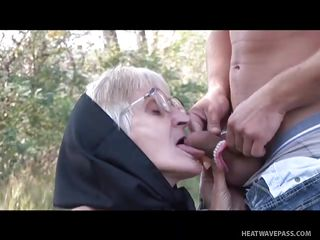 порно комикс бабушка