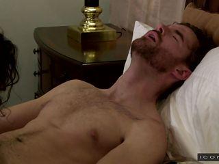 Парня по кругу гей порно