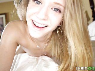 порно с кудрявой блондинкой