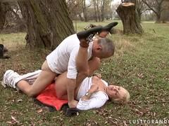 секс домашнее русских молодых зрелых