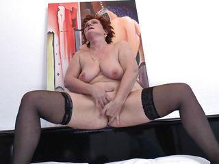 Секс видео зрелые мамочки бесплатно дрочка