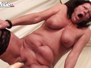 Порно большие сиськи оргазм