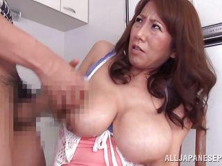 Жесткий секс в ванной