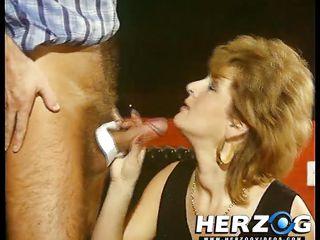 Порно видео жестокий минет