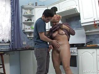 Порно бабули анал
